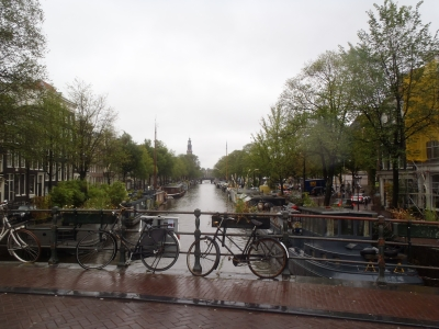Gracht in Amsterdam im Regen Blog 2017